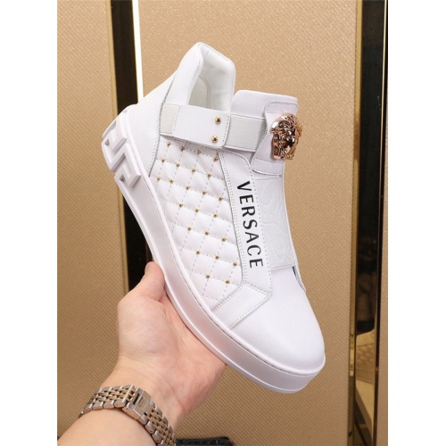 Replica Versace Casual Shoes For Men #829926 $82.00 USD for Wholesale