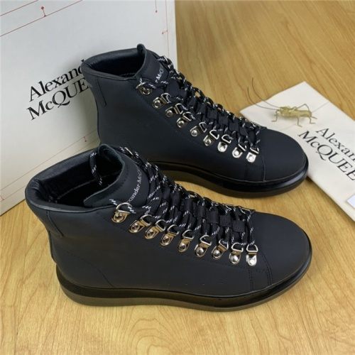 Alexander McQueen High Tops Shoes For Men #830282
