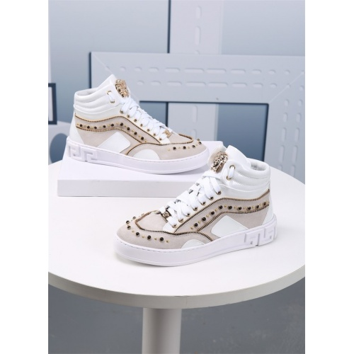Versace High Tops Shoes For Men #830561