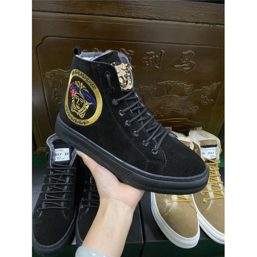 Versace High Tops Shoes For Men #830583