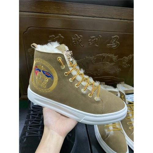 Versace High Tops Shoes For Men #830584