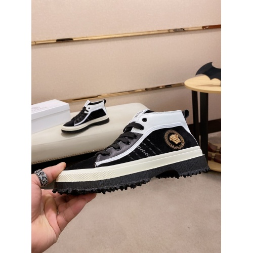 Versace Casual Shoes For Men #831019