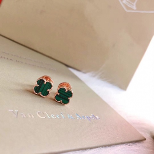 Van Cleef & Arpels Earrings #831212 $29.00 USD, Wholesale Replica Van Cleef & Arpels Earrings