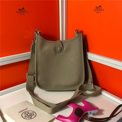 Hermes AAA Quality Messenger Bags For Women #831268