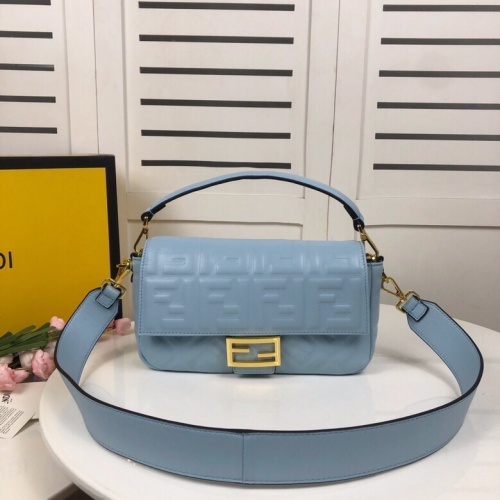 Fendi AAA Messenger Bags For Women #831358