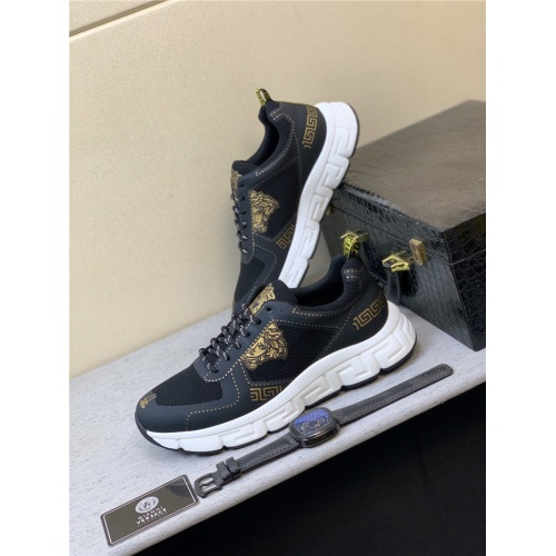 Versace Casual Shoes For Men #831455