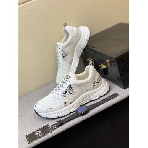 Versace Casual Shoes For Men #831458