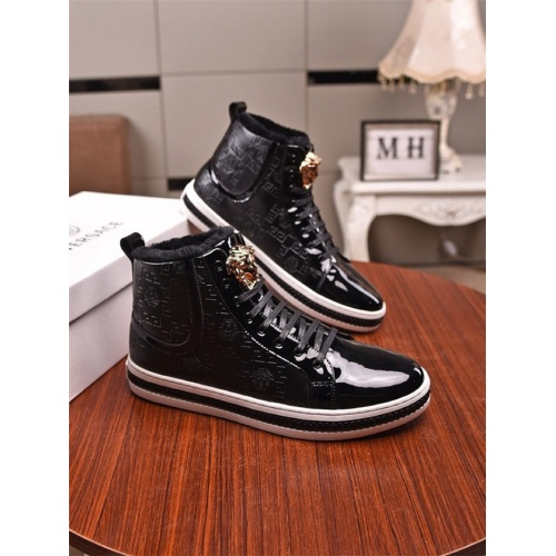Versace High Tops Shoes For Men #831465