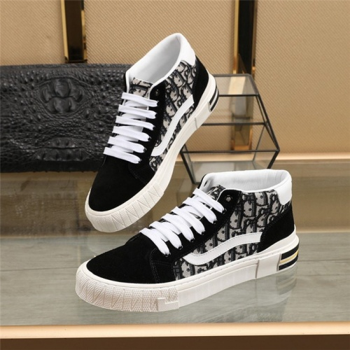 Christian Dior High Tops Shoes For Men #831484