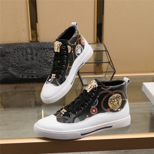 Versace High Tops Shoes For Men #831485
