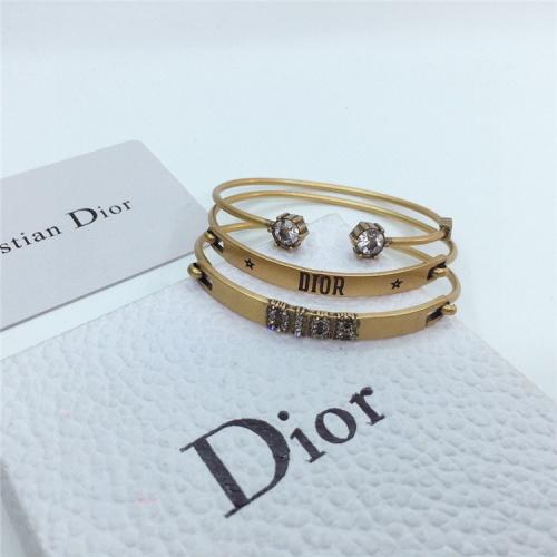 Replica Christian Dior Bracelets For Women #831559 $42.00 USD for Wholesale