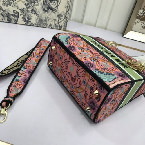 Replica Christian Dior AAA Quality Handbags For Women #831918 $96.00 USD for Wholesale