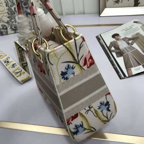 Replica Christian Dior AAA Quality Handbags For Women #831919 $96.00 USD for Wholesale