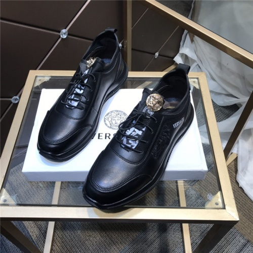Versace Casual Shoes For Men #832017