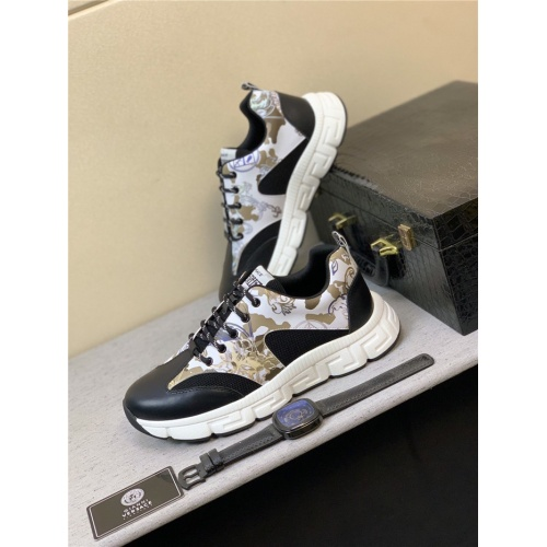 Versace Casual Shoes For Men #832038