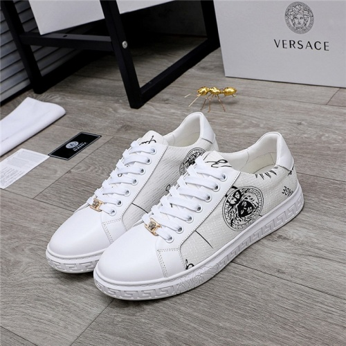 Versace Casual Shoes For Men #832053
