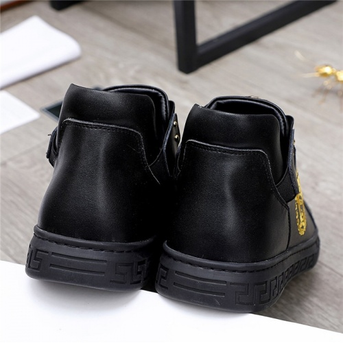 Replica Versace Casual Shoes For Men #832072 $80.00 USD for Wholesale