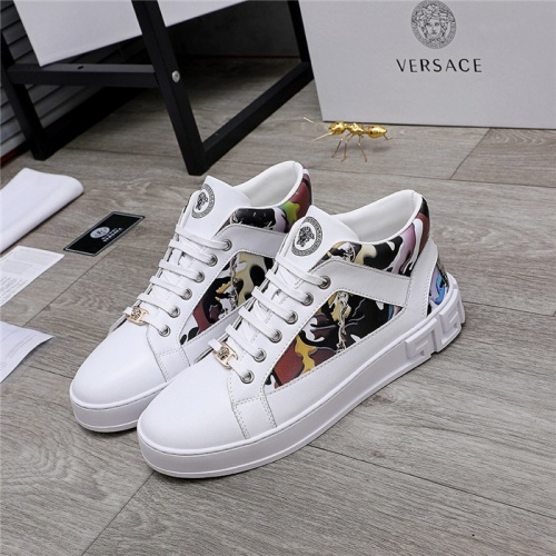 Versace High Tops Shoes For Men #832077
