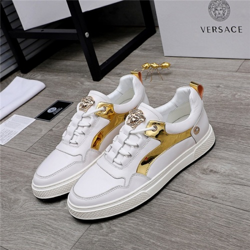 Versace Casual Shoes For Men #832084