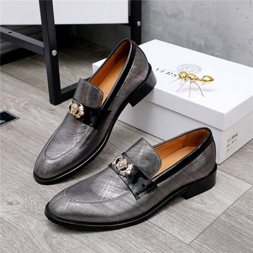 Versace Leather Shoes For Men #832085