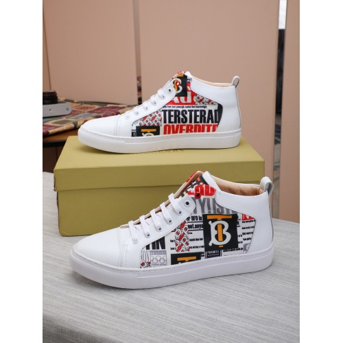 Burberry High Tops Shoes For Men #832401