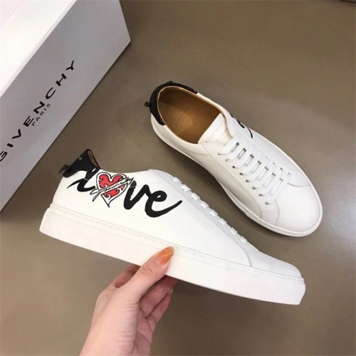 Givenchy Casual Shoes For Women #832426