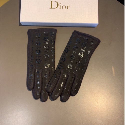 Christian Dior Gloves For Women #832479