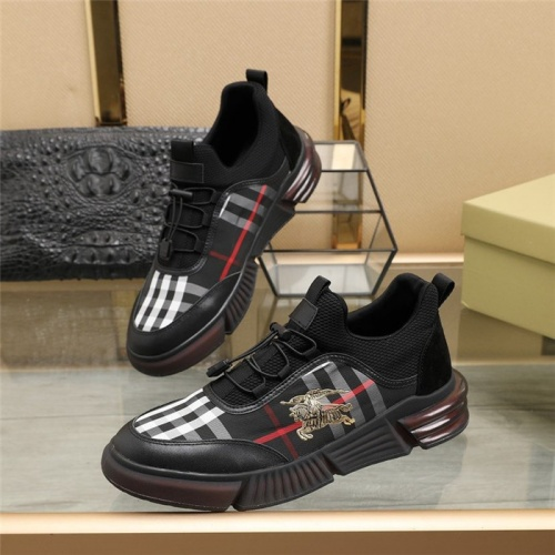 Burberry Casual Shoes For Men #832581
