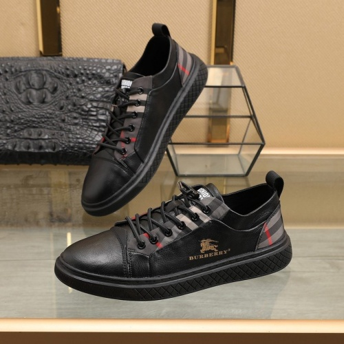 Burberry Casual Shoes For Men #832664