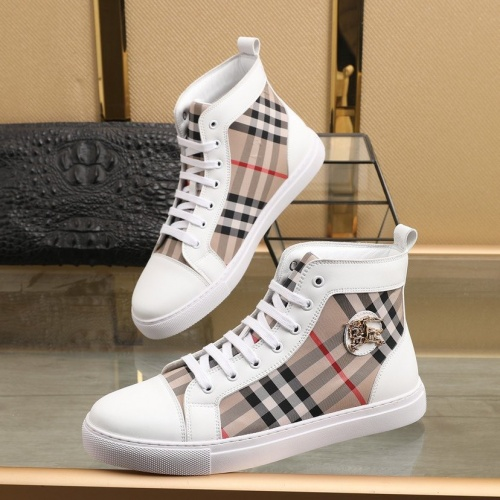 Burberry High Tops Shoes For Men #832680