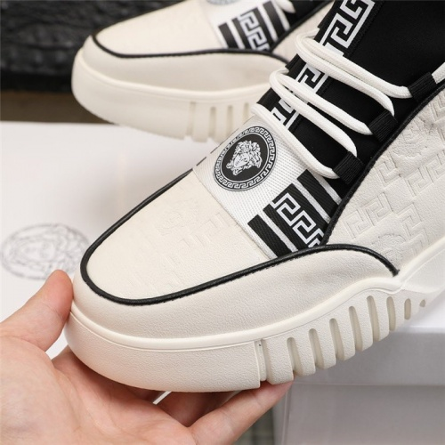 Replica Versace Casual Shoes For Men #832724 $82.00 USD for Wholesale
