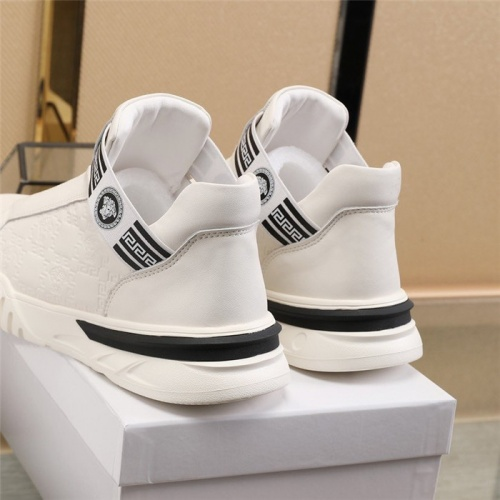 Replica Versace Casual Shoes For Men #832726 $82.00 USD for Wholesale