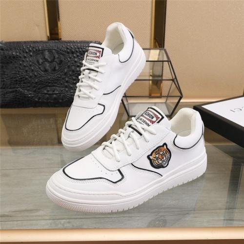 Versace Casual Shoes For Men #832728 $82.00 USD, Wholesale Replica Versace Casual Shoes
