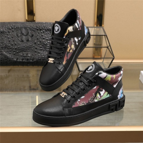 Versace High Tops Shoes For Men #832735