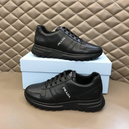 Prada Casual Shoes For Men #833011