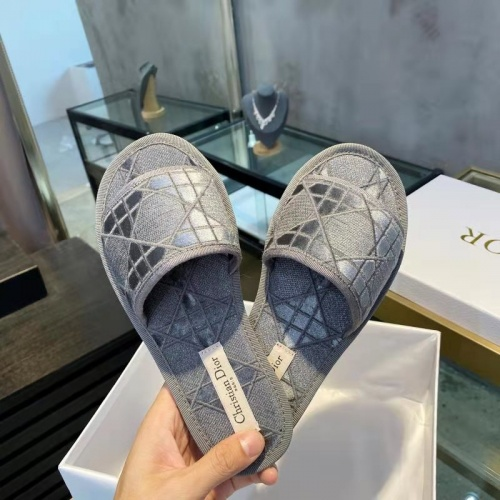 Christian Dior Slippers For Women #833101