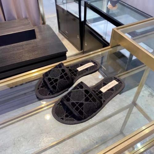 Christian Dior Slippers For Women #833103