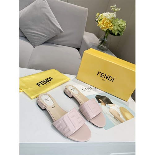 Fendi Slippers For Women #833107