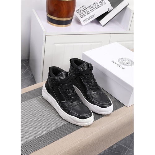 Versace High Tops Shoes For Men #833278