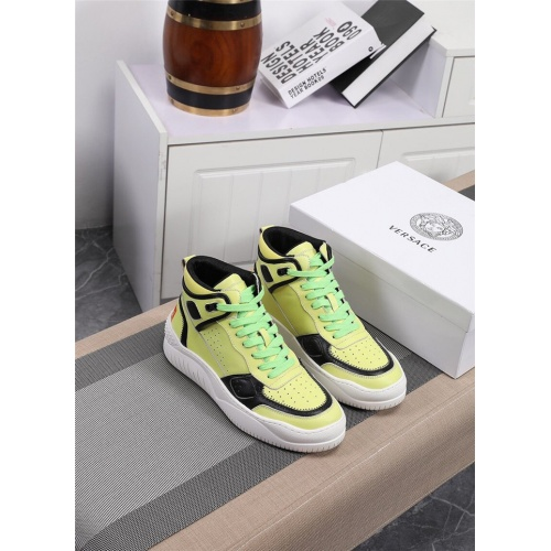 Versace High Tops Shoes For Men #833279