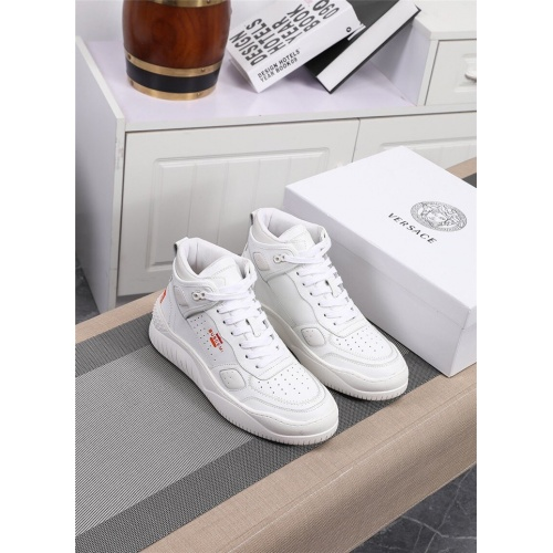 Versace High Tops Shoes For Men #833281