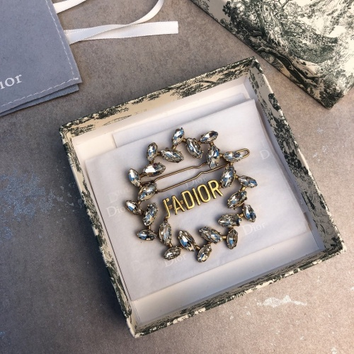 Christian Dior Brooches #833343