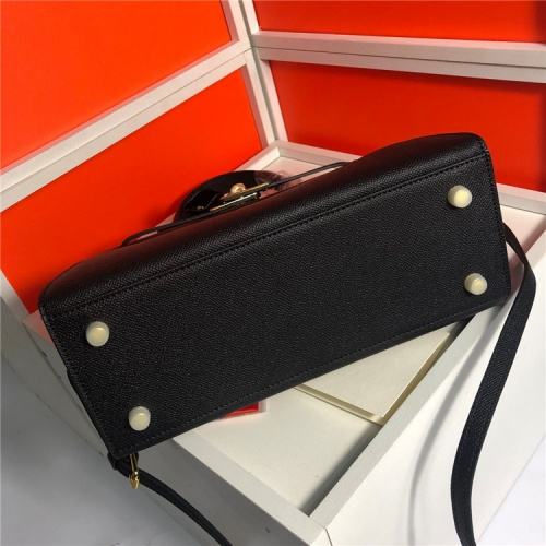 Replica Hermes AAA Quality Handbags For Women #833410 $100.00 USD for Wholesale