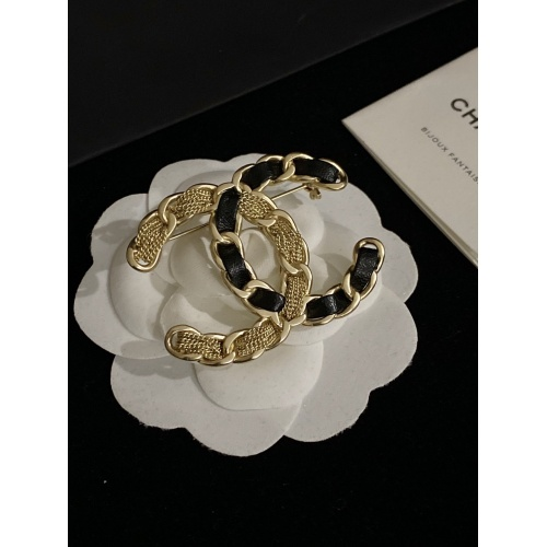 Chanel Brooches #833774