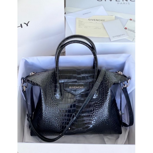 Givenchy AAA Quality Handbags For Women #833845 $298.00 USD, Wholesale Replica Givenchy AAA Quality Handbags