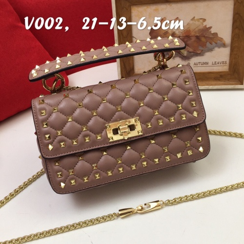 Valentino AAA Quality Messenger Bags For Women #833849