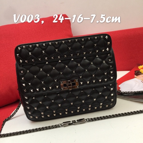 Valentino AAA Quality Messenger Bags For Women #833850