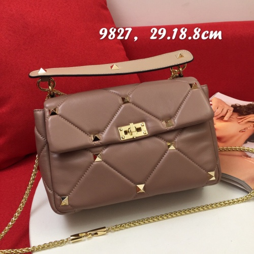 Valentino AAA Quality Messenger Bags For Women #833856