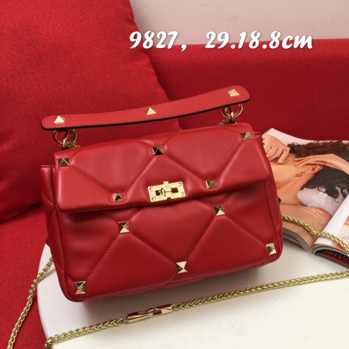Valentino AAA Quality Messenger Bags For Women #833857
