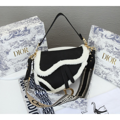 Christian Dior AAA Quality Messenger Bags For Women #833889